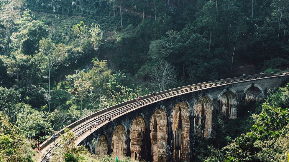 9-arch-Bridge.jpg