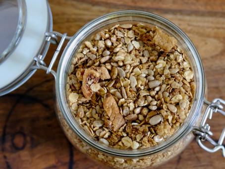 Granola mit Feigen und Zimt