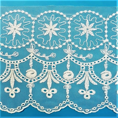 English embroidery narrow lace in mesh fabric