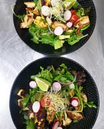 Chicken & Halloumi Salad