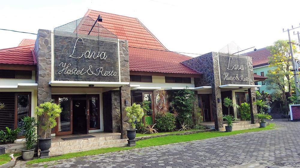 Lava Lava Hostel & Resto Probolingo