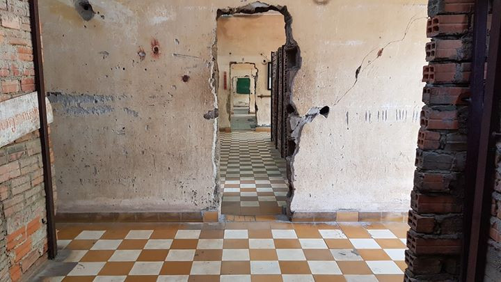TUOL SLENG GENOCIDE MUSEUM (S-21 PRISON)
