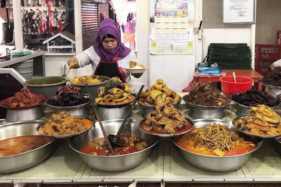 Rumah Makan Padang (Padang Restaurants)