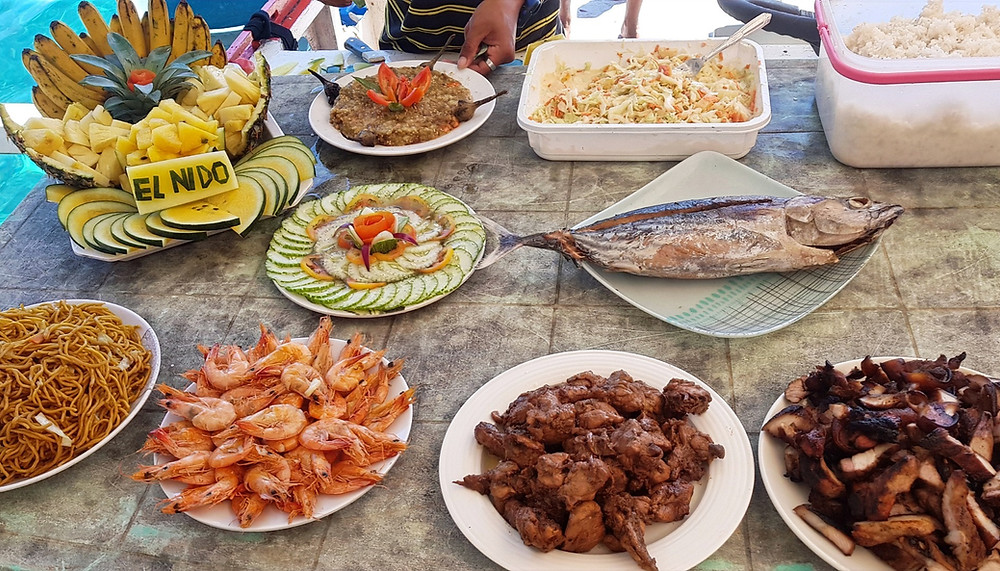 Lunch on the boat during Island Hopping in El Nido