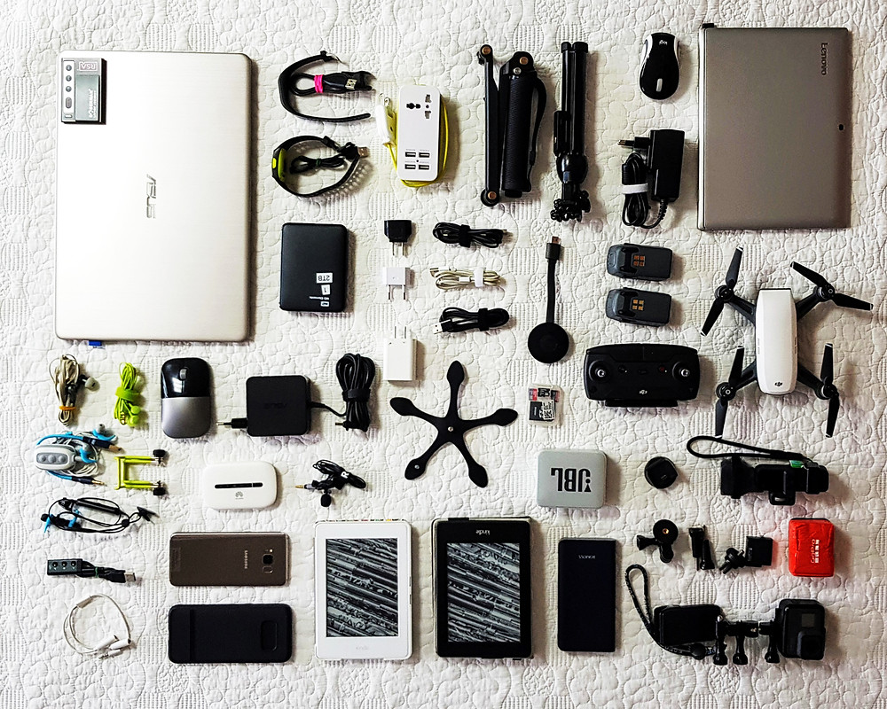 Travel ELECTRONICS (What We Take With Us On The Road)