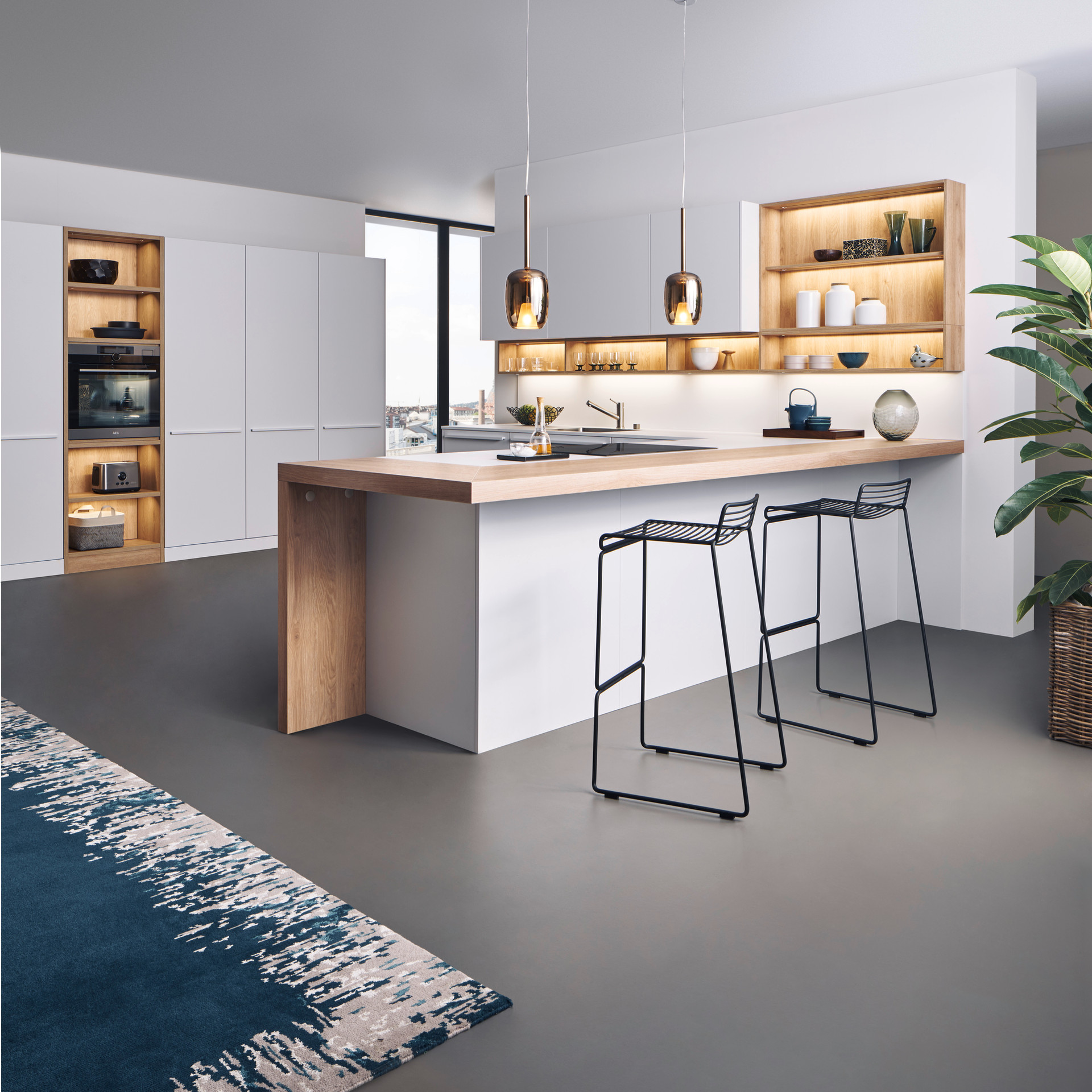 Leicht Bondi and Synthia cabinets