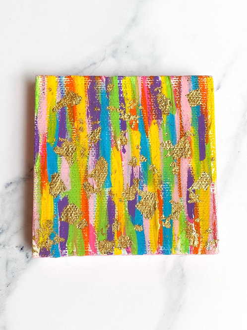 Small colorful canvas - pink sides