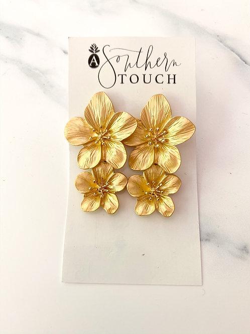Double magnolia Dangles Gold