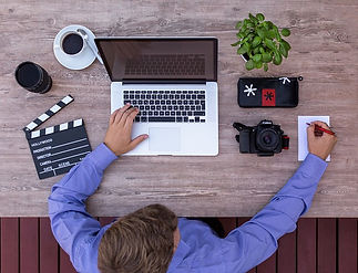 filmmaker-2838932_640.jpg