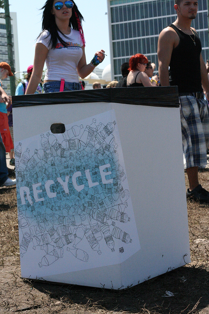 Ultra Musical Festival Recycle logo