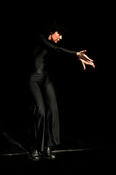 Irem Bekter - Rythm and Body on Stage