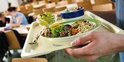 essen-im-buero-ernaehrungstipps-kantine