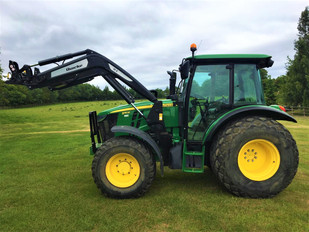 Tractor 5080M with Loader