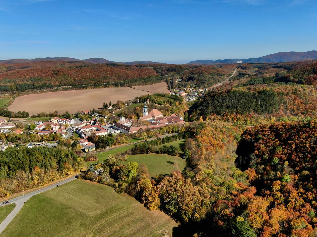 Heiligenkreuz Luftbild