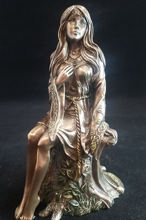 Wiccan Maiden Statue