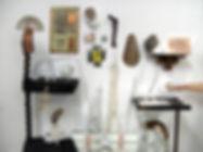 Sammlung von Objekten aus Wachs, Glas, M