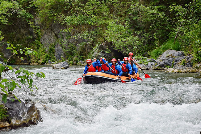 Rafting_Fiume_Lao_Family.JPG