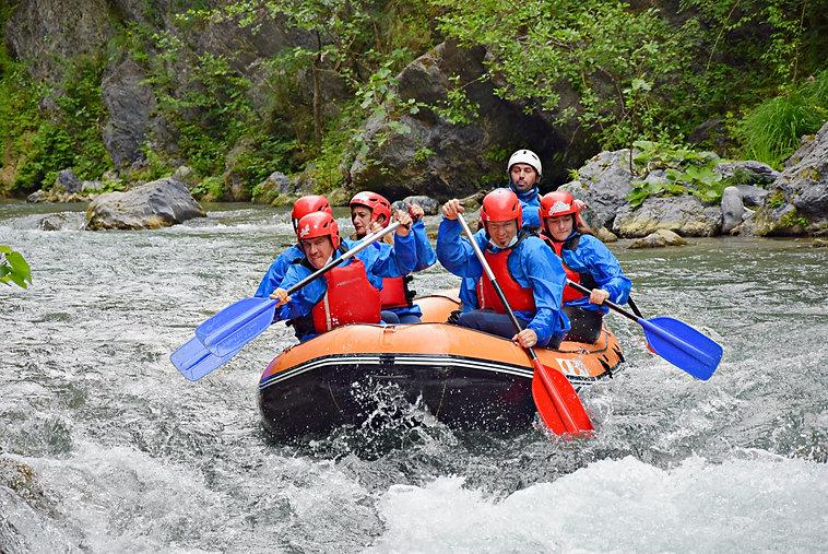 Rafting_Fiume_Lao_Classic.JPG
