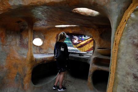 Gozolândia e Outros Futuros / Cuckoo Land and Other Futures
