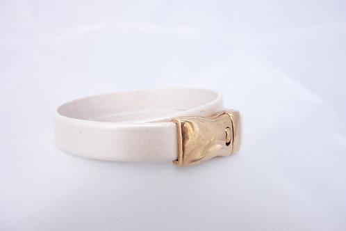 Bracelet cuir beige rosé nacré