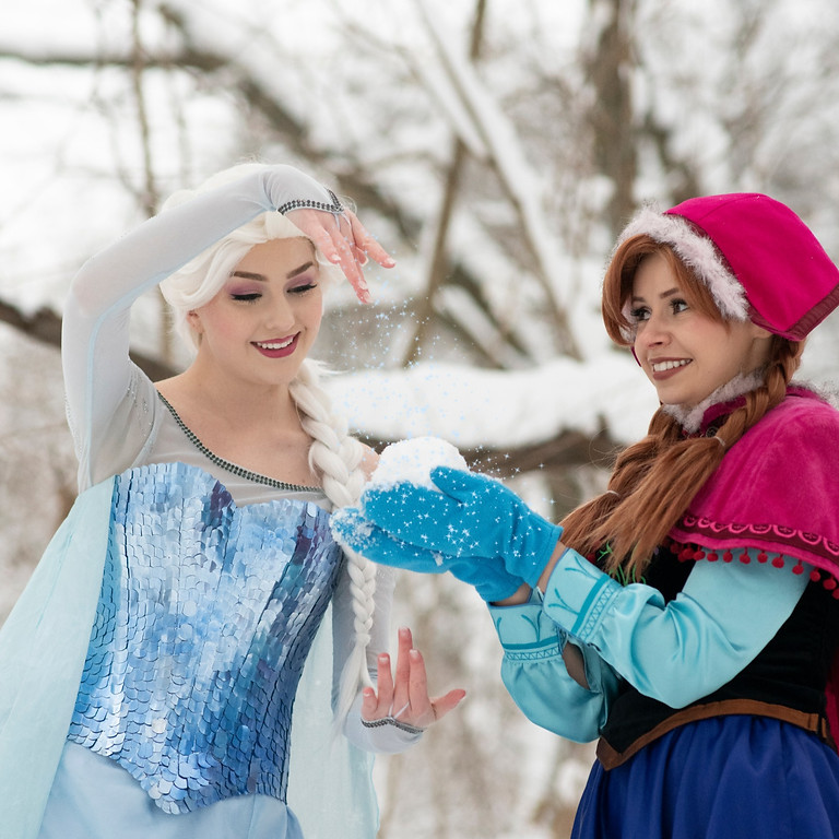 Princess & Me Mini Photo Sessions: Snow Sisters