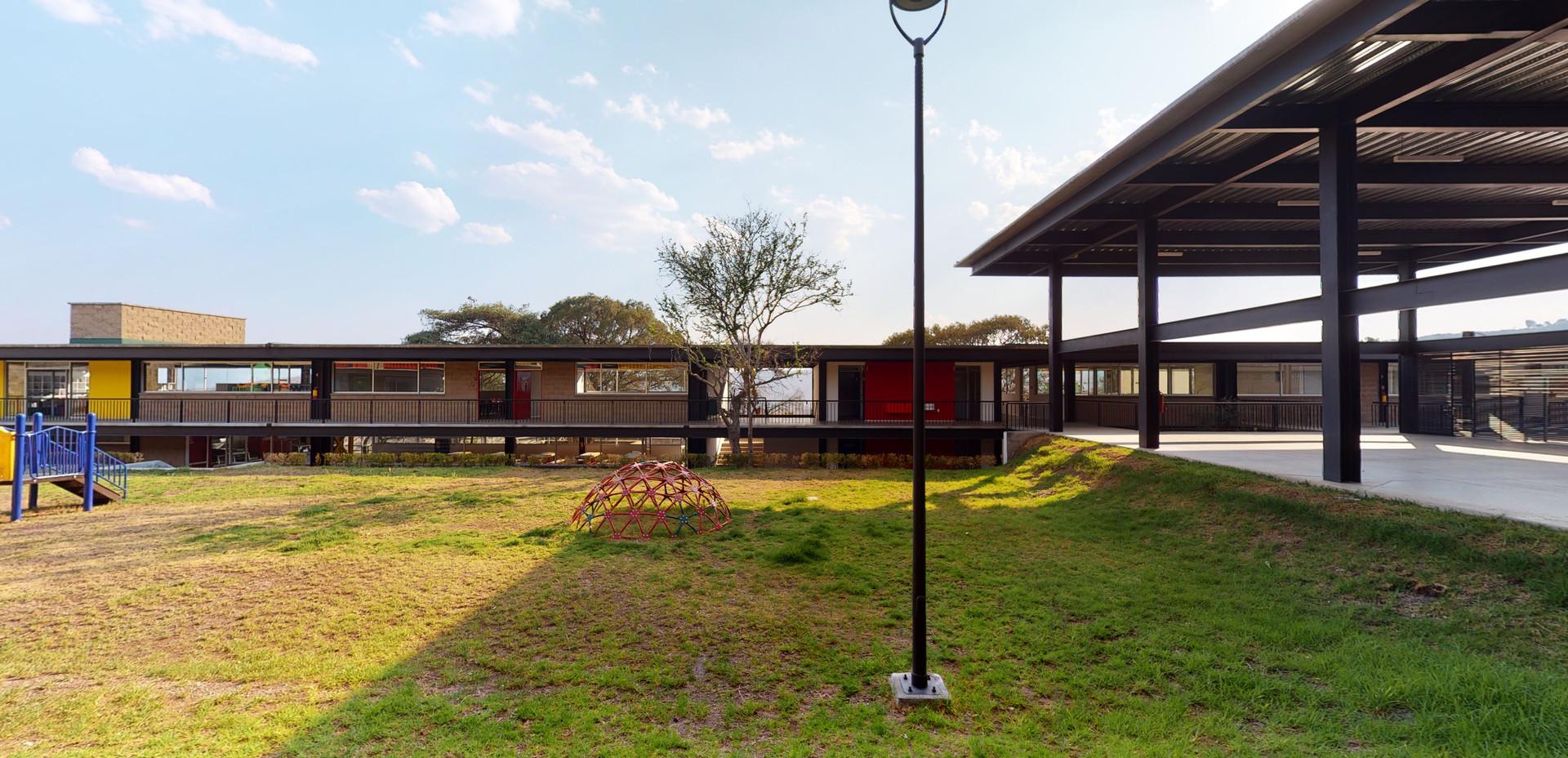 Instituto Nevadi  Ixtapan 28.jpg