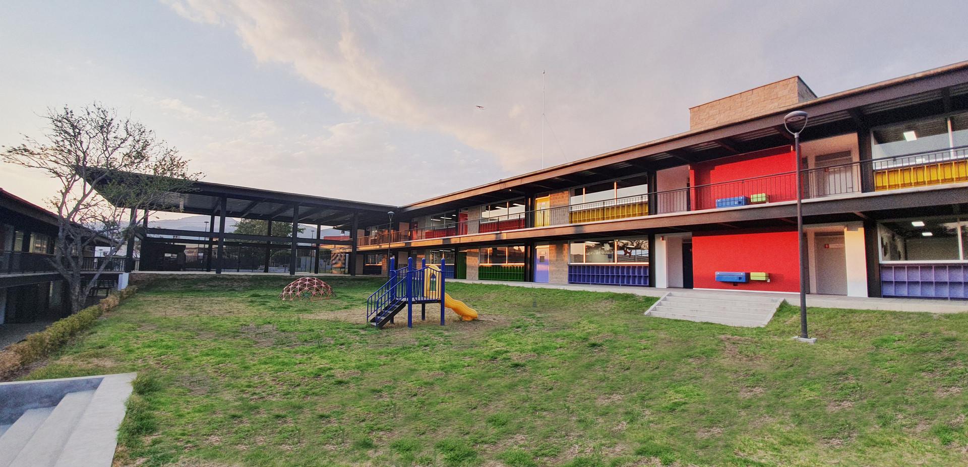 Instituto Nevadi  Ixtapan 9.jpg