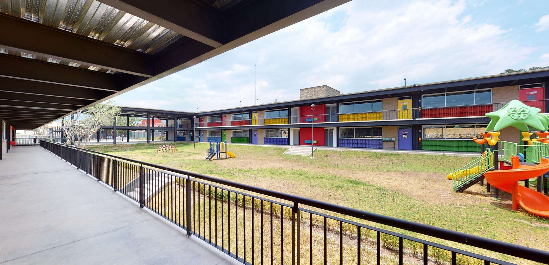 Instituto Nevadi  Ixtapan 8.jpg