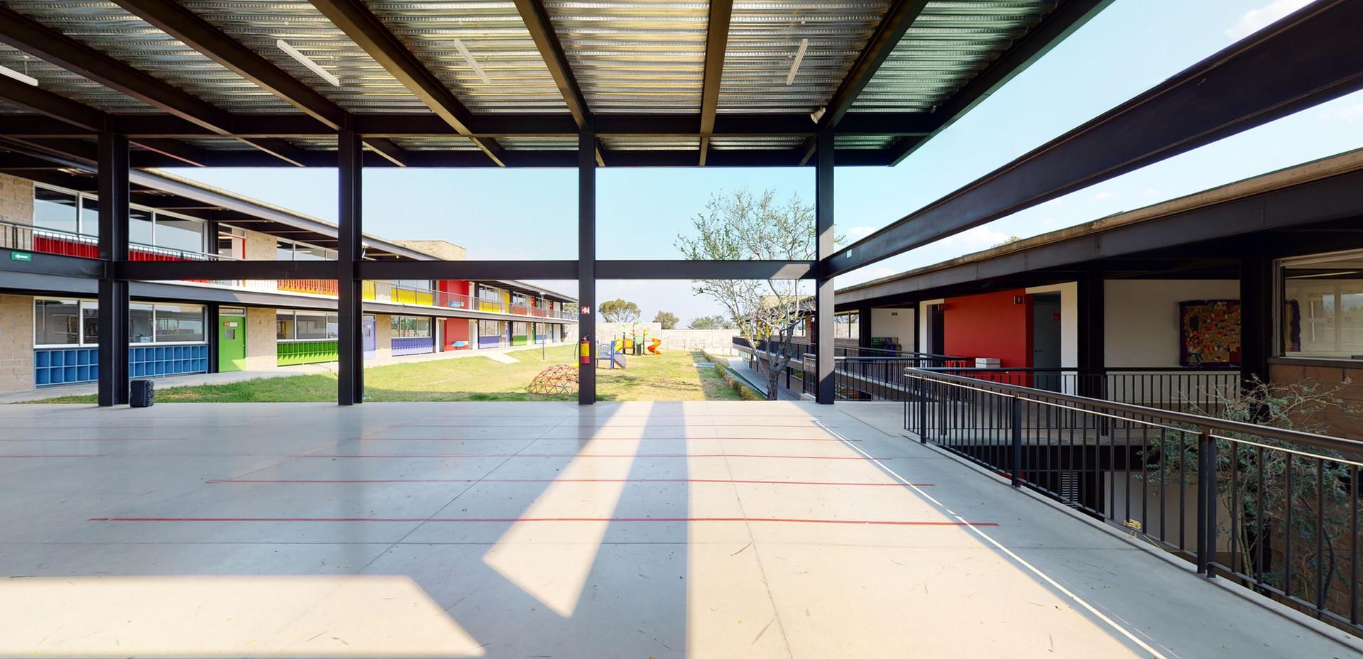 Instituto Nevadi  Ixtapan 3.jpg