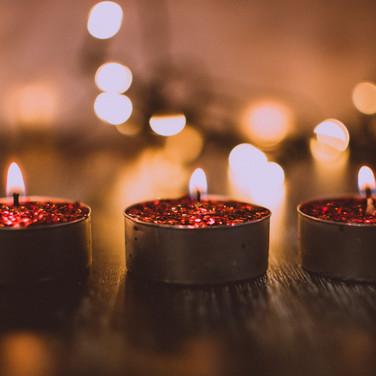 burnt-candle-candlelights-1652109.jpg