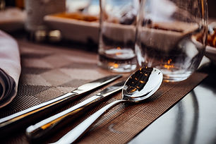 cutlery-knife-pool-2291606.jpg