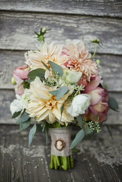 Vintage Pearls/ Bouquet