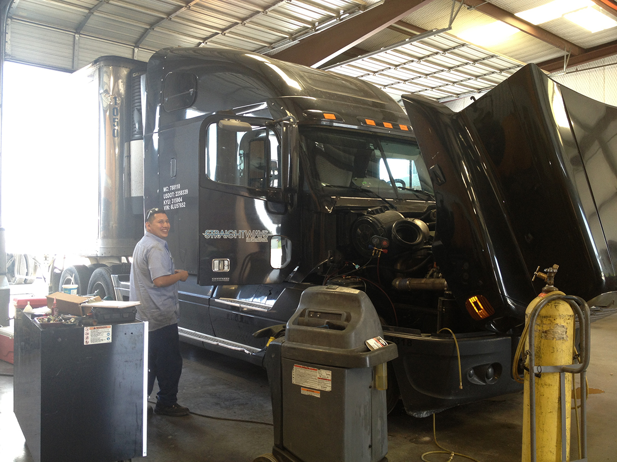 Air Conditioning Services | Texas Truck A/C