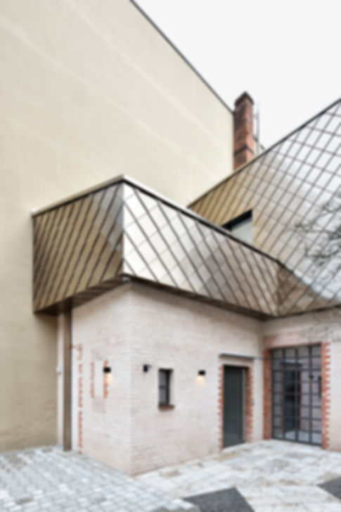 Nürnberg Adamstraße Edelstahl Schindeln Rauten Spengler