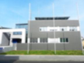 Lauterbach Polizeistation Vogelsberg Dacheindeckung in Doppelstehfalz aus Rheinzink pre patina blaugrau.