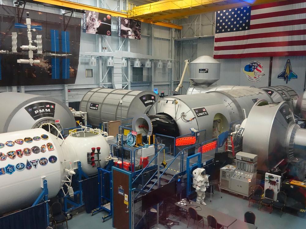 Réplicas de los módulos de la ISS