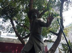 Tin Tan Statue