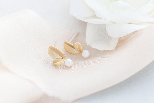 Small Gold Leaf Pearl Studs