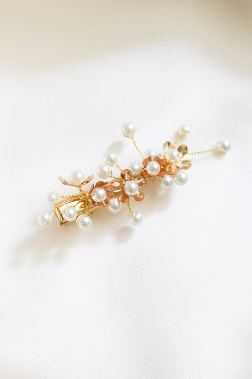 Juliette Floral and Pearl Hairclip