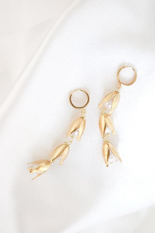 flower bridal earrings