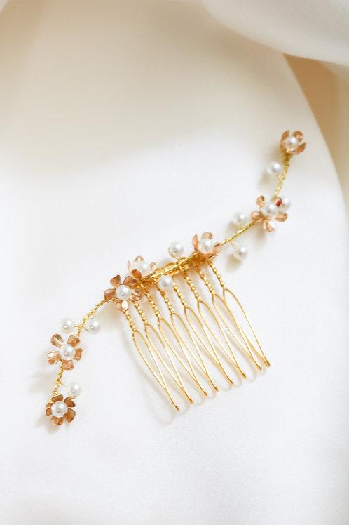 gold floral comb