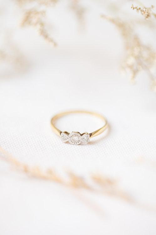 trilogy diamond engagment ring