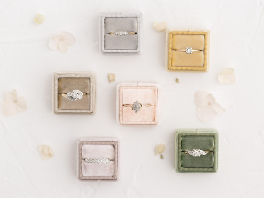 5 Reasons  to Love Vintage Engagement  Rings
