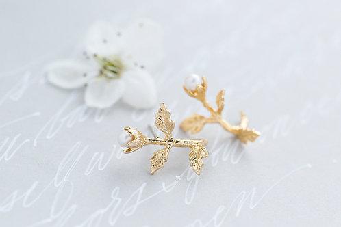 Gold Flower Bridal Studs