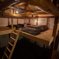 寝室(ロフト上)