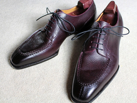 Yeossal Review - Thompson split-toe derby in oxblood hatchgrain leather