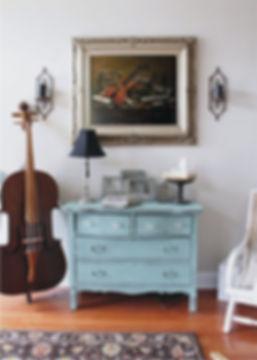 violin+on+wall.jpg