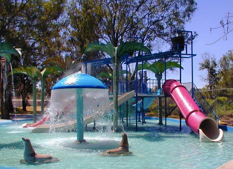 Área infantil agua fibra de vidrio