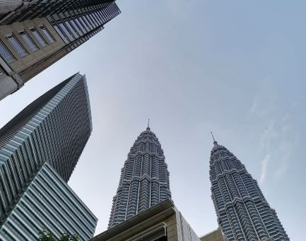 Challenges faced by foreign investors in Malaysia: The risk of being sued by the local authorities.