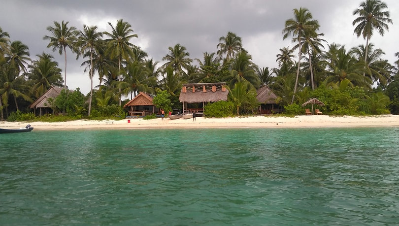 Awera Island Accommodation in the Mentawais